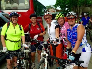 helen-bike-ride-group-photo